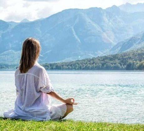 Naturcoaching Schamanismus Meditation am Wasser